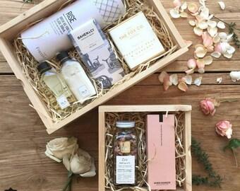 Pine Hamper / Keepsake Box / Memory Box / Gift Box with Slding Lid