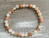 Moonstone elastic bracelet (S)