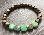 Palm wood bracelet and green agate
