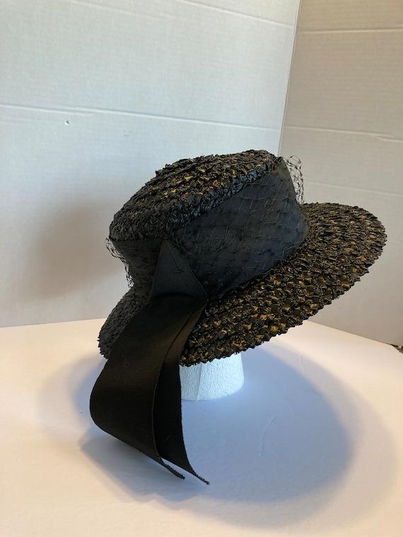 Black wide brim straw hat - image 3