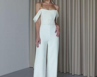 Off-the-shoulder bridal jumpsuit Modern wedding jumpsuit for bride Minimalist wide leg bridal pantsuit Off shoulder Crepe jumpsuit ROSALIE