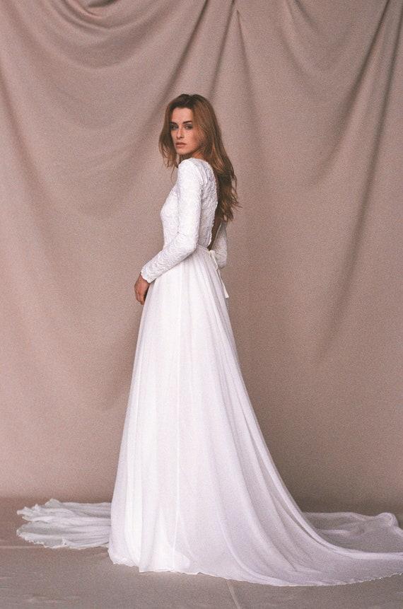 216819b82c Long sleeve wedding dress Boho wedding dress Bohemian chiffon