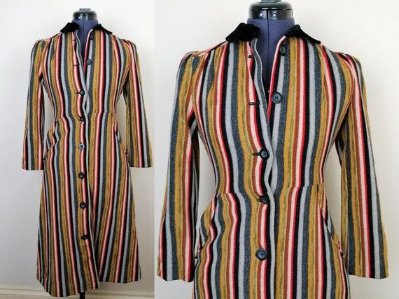 Striped 1970s Coat | Size XXS-XS | Vintage Striped