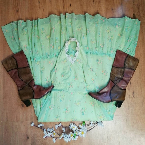 1970s Praire Dress | Size XS | Green Floral Maxi D