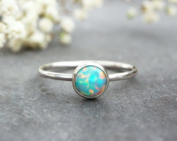 Green Opal Ring 925 - Stacking Ring - Inspiration & Creativity - Fire Opal - Alternative Engagement - October Birthstone - Mint Sea Green
