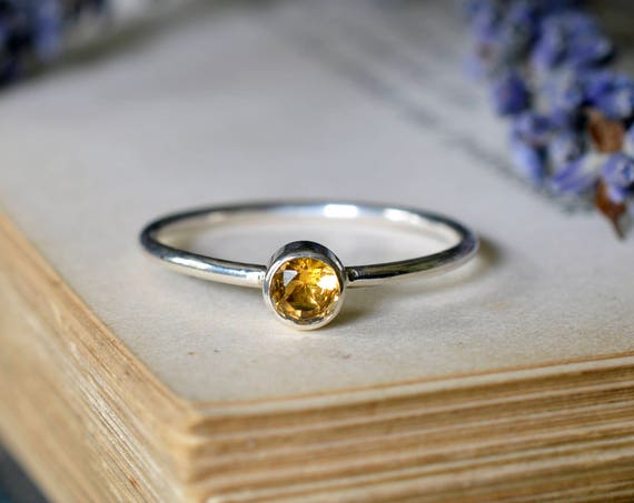 Small Faceted Citrine Ring 925 - Stacking Ring - Dainty Ring - Success, Personal Power - November Birthstone