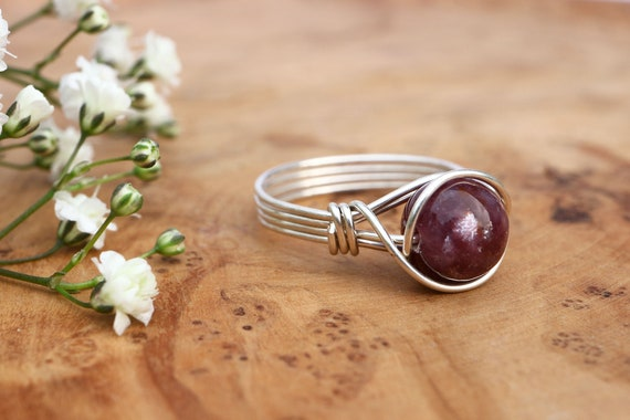 Lepidolite Ring 925 - Wire Wrapped Ring - Purple Ring - Elven Ring - Mica Ring - Calming & Balance - Unusual Gemstone Ring - The Ivy Bee