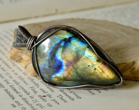 Statement Labradorite Pendant - Sterling Silver Reversible - Multi Fire - Magical, Balancing, Stress Reducing