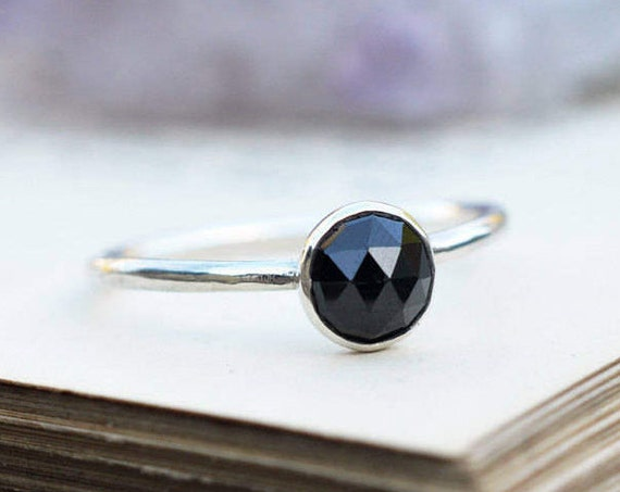 Rose Cut Black Spinel Ring 925 - Stacking Ring - Black Ring - Black Gemstone - Protection, Negativity and Grounding - August Birthstone Ring
