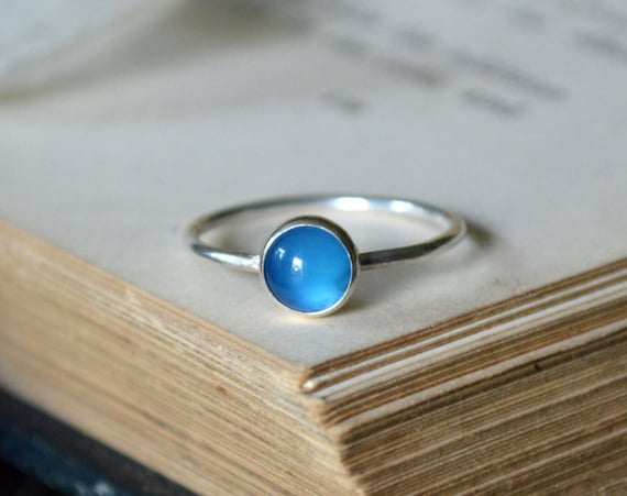Blue Onyx Ring 925 - Sapphire Blue - Stacking Ring - Blue Gemstone Ring - Self Control, Happiness - Drop in the Sea