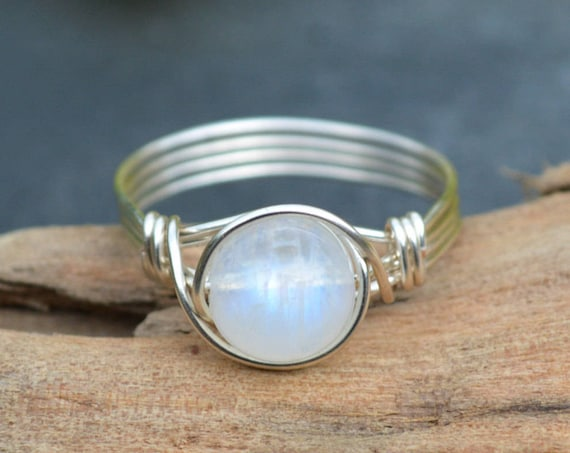 Rainbow Moonstone Ring 925 - Wire Wrapped Ring -Psychic Crystal - Iridescent Stone - Ethereal Ring - June Birthstone - The Ivy Bee