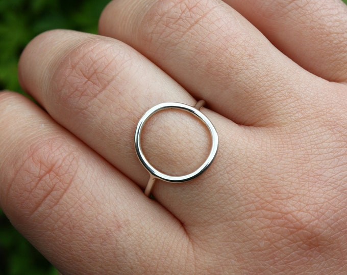 Featured listing image: Silver Open Circle Ring - 925 Sterling Silver Geometric Ring - O Ring - Minimalist Circle Ring - The Ivy Bee