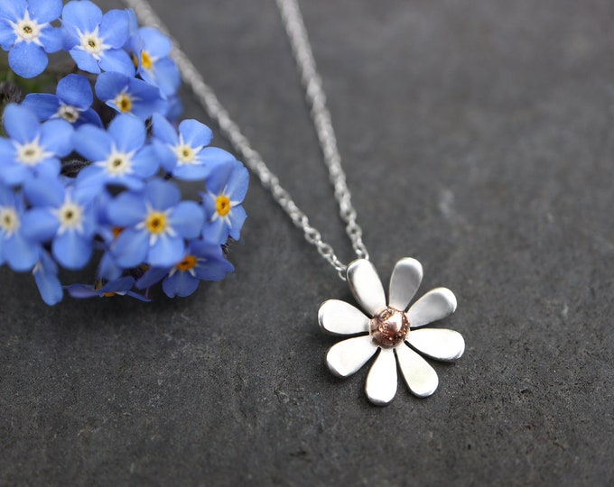 Featured listing image: Daisy Necklace - 9ct Gold Detail Sterling Silver Flower Necklace - Nature Day - Organic Recycled Gold Necklace - Spring Floral - The Ivy Bee