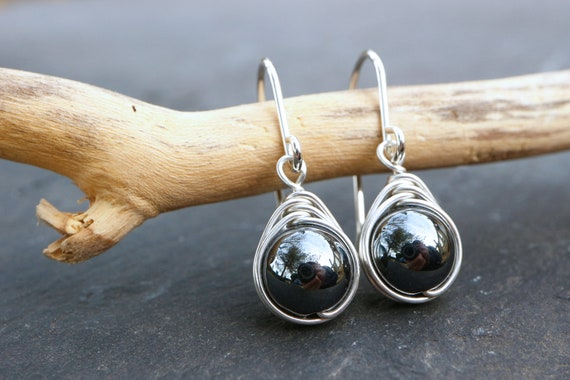 Hematite Drop Earrings 925 - Minimalist Healing Earrings - Sterling Silver - Protective, Grounding and Stabilising - Natural Hematite