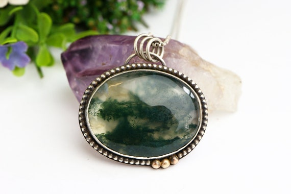 Statement Moss Agate Necklace - Vintage Style Agate Pendant - Sterling Silver and 9ct Gold Detailing - 18 Inch Chain - Large Moss Agate Oval