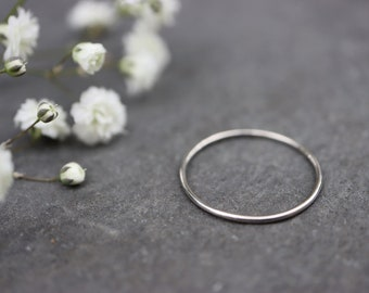Palladium 950 Skinny Stacking Ring - Solid Palladium Ring - Grey Silver Ring - Alternative Wedding Ring - Round Palladium Ring - The Ivy Bee