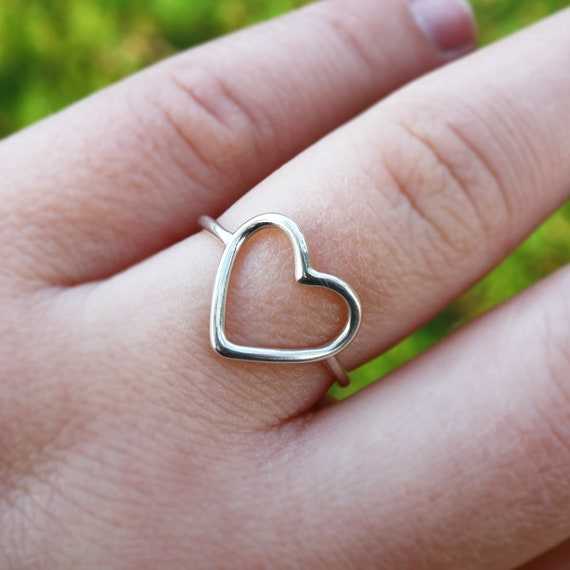 Heart Ring - 925 Sterling Silver Geometric Ring - Open Heart Ring - Love Heart Minimalist Ring - The Ivy Bee