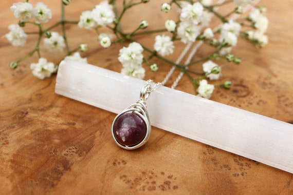 Lepidolite Necklace 925 - Wire Wrapped Pendant - Calming & Balance - Depression and Anxiety - The Ivy Bee
