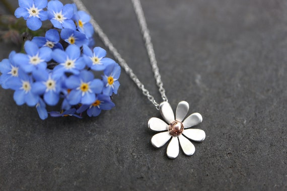 Daisy Necklace - 9ct Gold Detail Sterling Silver Flower Necklace - Nature Day - Organic Recycled Gold Necklace - Spring Floral - The Ivy Bee