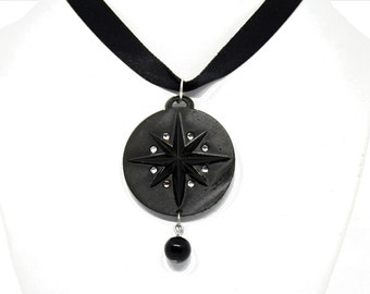 Yennefer necklace with rhinestones (eco resin) -  Cosplay Jewellery    Medallion   Yennefer Cosplay   Necklace