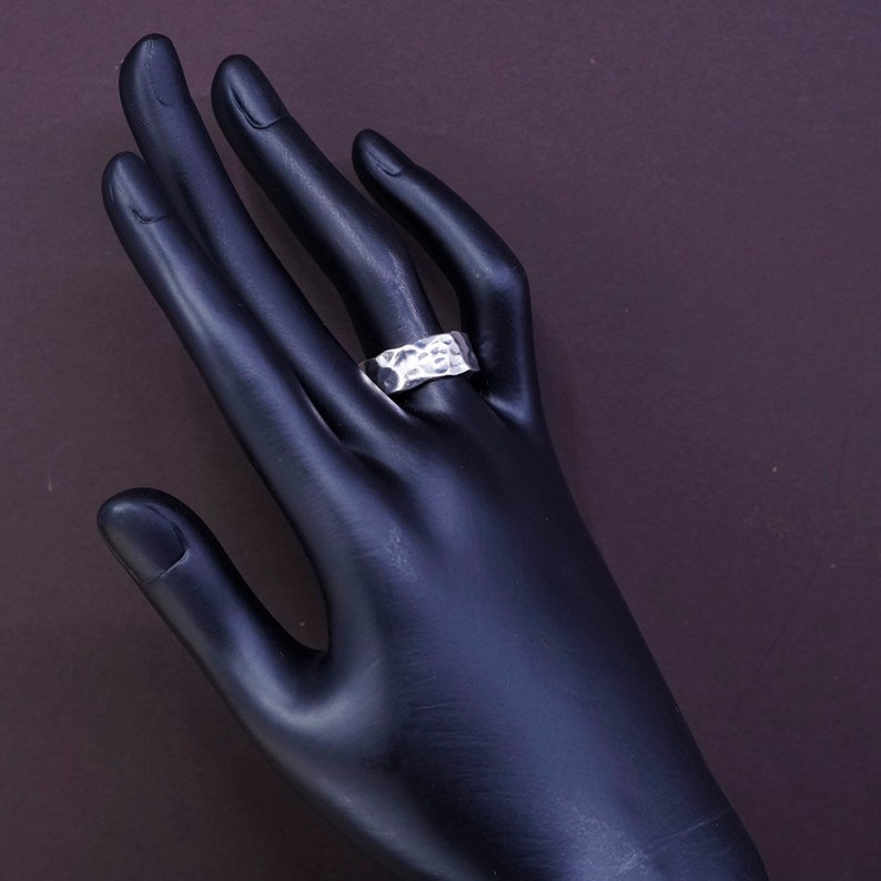 vintage stamped 925 size 8 310058 Sterling silver handmade ring solid 925 silver hammered wedding band