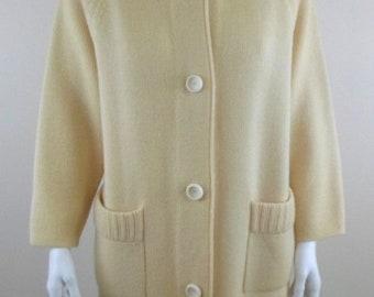 DORCE for LEROY Knitwear Vintage 70s Ivory Cream 100% Wool Knit Button Front Cardigan Sweatercoat sz M