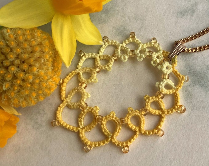 Yellow oval beaded pendant made from cotton lace. Summer necklace with tatting lace. Cheerful lightweight  gift for her