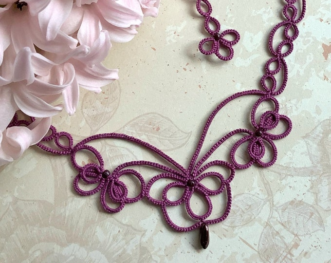 Romantic purple beaded lace necklace. Art nouveau necklace with cotton tatting lace. Elegant filigrane jewelry. Valentine gift for her
