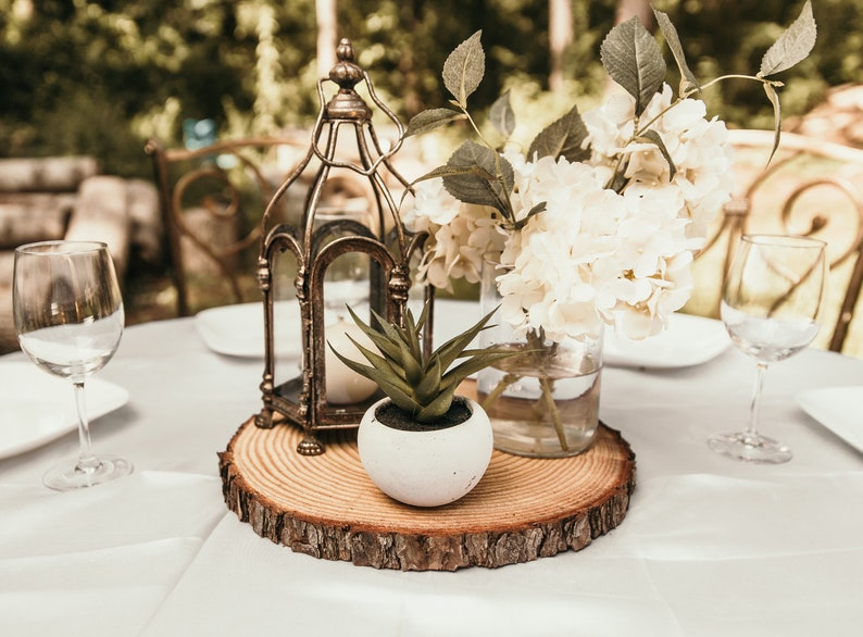 Wedding Center Pieces.1 Thick Fully Dry Wood Slices Rustic Wood Slices For Wedding Centerpieces Tree Slices With Bark Rustic Wedding Decor Rusti