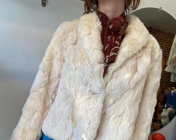 70s White Rabbit Fur Jacket with Quilted Lining Size Medium