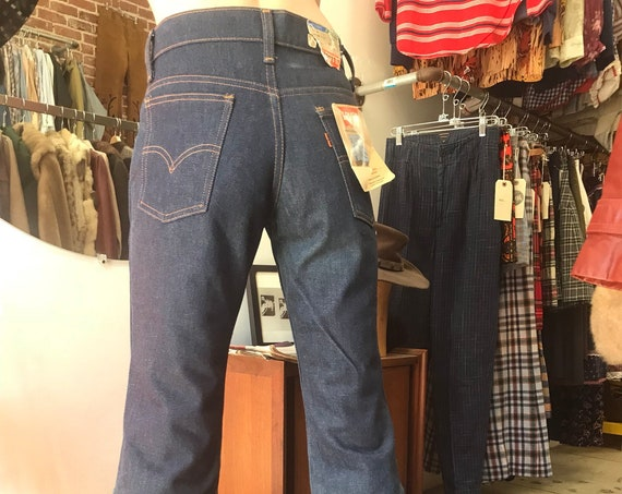 """70s Deadstock 517 Student Fit Big Bell Levi Flares 27"""" waist"""