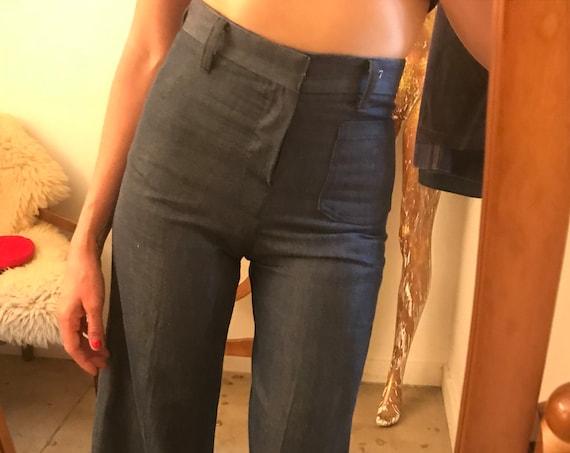 "Vintage Seventies 1970s High Waist Wide Leg Women's Denim Flared Jeans 28"" waist"