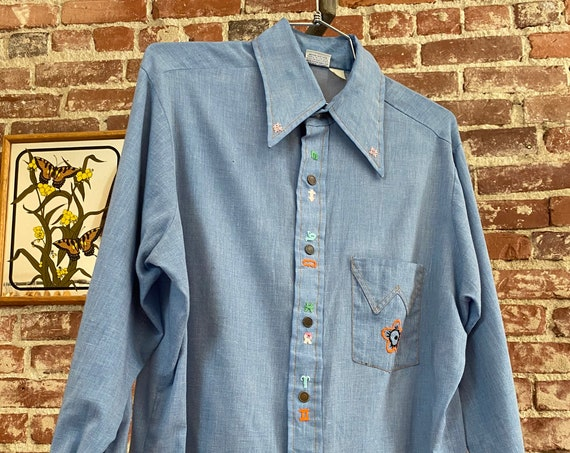 70s Men's Wrangler Chambray Embroidered Snap Button Shirt