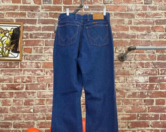 """70s Wrangler Women's Dark Denim Leather Tab High Waist Jeans 28"""" Waist by 34.5"""" Inseam"""