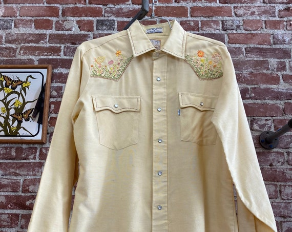 70s Men's Levi's Embroidered Snap Button Western Shirt