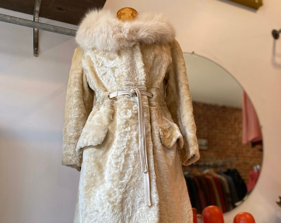 70s Arctic Fox Fur and Faux Fur Ivory Coat with Waist Cinching Tie