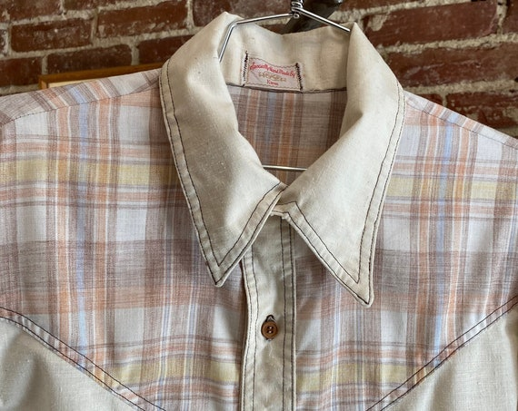 70s Men's Raw Cotton Wooden Button Shirt
