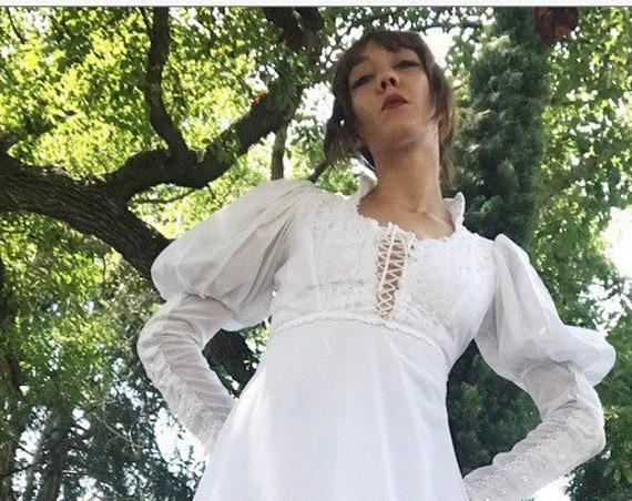 70s Gunne Sax Victorian White Cotton Gown Gunnies Size 9