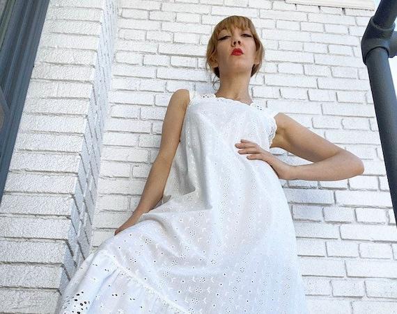 70s Cotton Eyelet White Trapeze Gown
