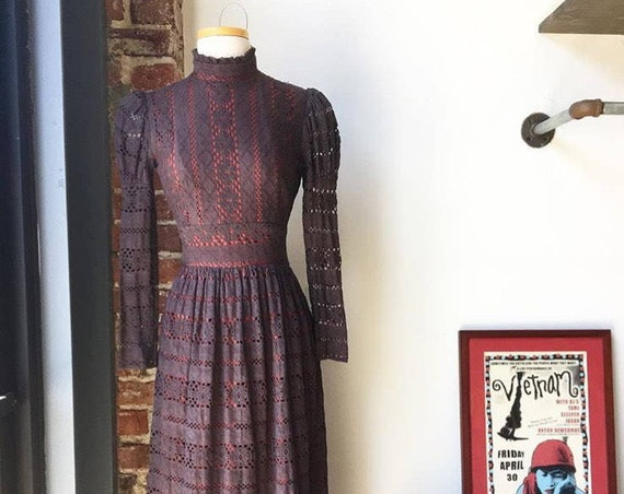 70s Cotton Lace Victorian Dress, Charcoal, Red Lining, Sheer Cotton Lace Sleeves. Joy Stephens Size Extra Small Vintage Seventies 1970s