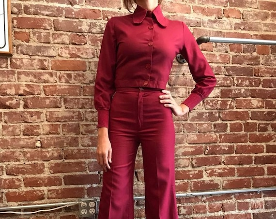 70s Two Piece Beagle Collared Womens Burgundy Suit