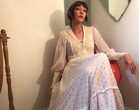 Rare Black Label Gunne Sax Victorian Gown. Size 13