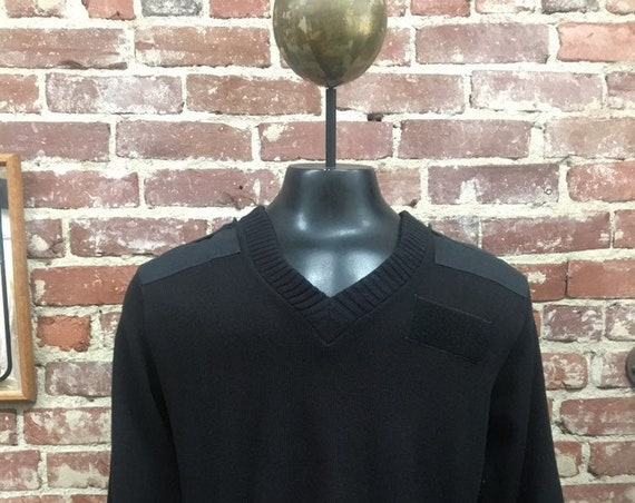 70s Men's Acrylic Black Military Elbow Patch Sweater Size Medium