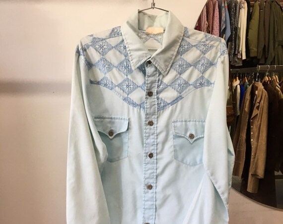 70s Mens Embroided Powder Blue Wood Button Shirt