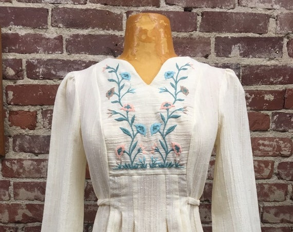 70s Embroidered Belled Sleeve Cotton Blouse by Rag O' Muffins San Francisco