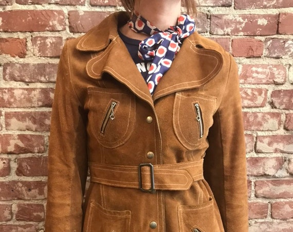 70s Caramel Suede Snap Button Belted Jacket with Incredible Zipper Pockets and Quilted Lining