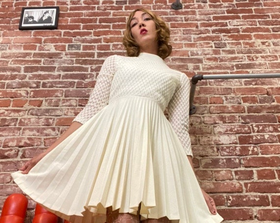 70s Ivory Space Age  Pleated Ivory Long Sleeve Mini Dress