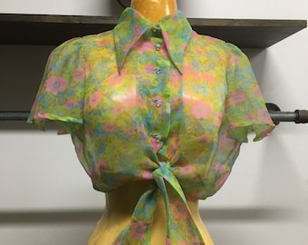 70s Sheer Psychedelic Crop Top Butterfly Sleeves Exaggerated Collar Vintage Seventies 1970s Size Small to Medium