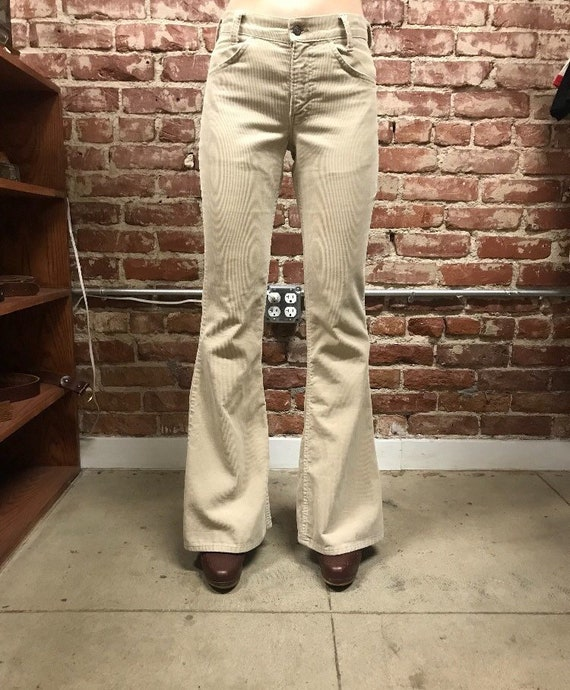 "70s Levi's Corduroy Flared Jeans Bell Bottoms 27"" Waist by 33"" Inseam Vintage Seventies 1970s Student Fit Petite"