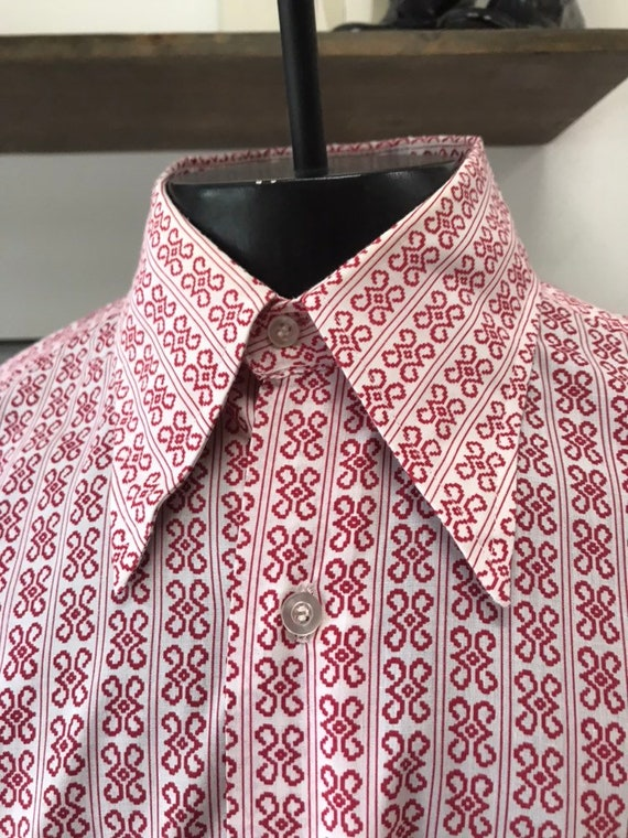 Mens 70s Deadstock NOS Psychedelic Geometric Print Button Down Shirt